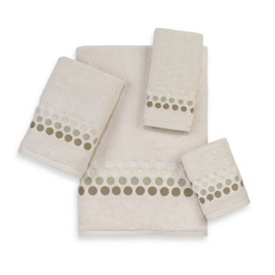 Avanti Madison Beaumont Fingertip Towel in Ivory