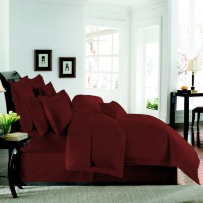 Wamsutta® 500 Damask Reversible Duvet Cover and Sham Set in Burgundy
