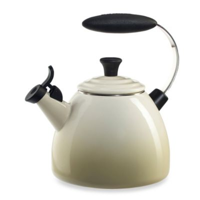 Le Creuset® Halo 1.5-Quart Tea Kettle in Dune