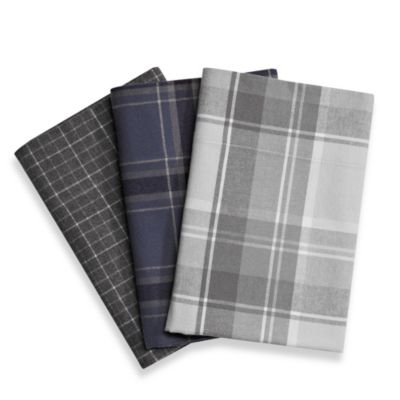 Palais Royale™ Portuguese Flannel California King Sheet Set in Navy Plaid