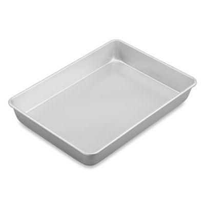 Wilton® Advance® Oblong Cake Pan with Aluma-Gloss™ Coating