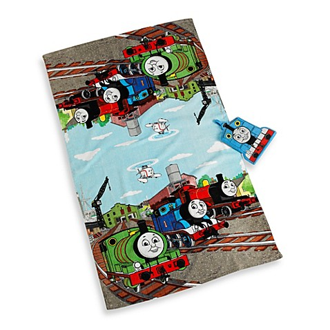 Thomas the train bath towel and wash mitt set bed bath for Thomas the train bathroom set