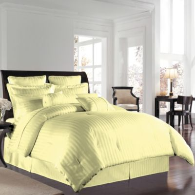 Wamsutta® 500 Damask Twin Comforter Set in Yellow