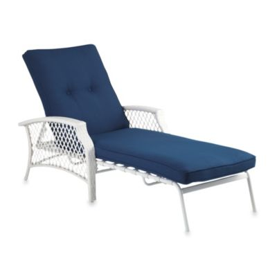 Stratford Wicker Padded Chaise Lounge in Blue