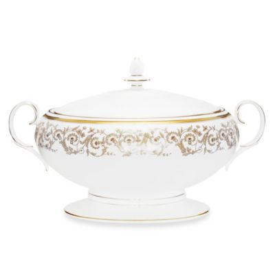 Noritake Summit Gold 70-Ounce Covered Vegetable Bowl