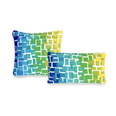 Liora Manne Oblong Outdoor Throw Pillow in Ombre Tile Cool