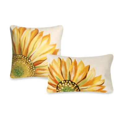 Liora Manne Oblong Outdoor Throw Pillow in Sunflower Yellow