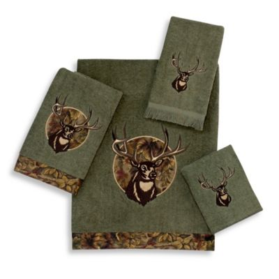 Avanti Camouflage Deer Bath Towel in Peridot
