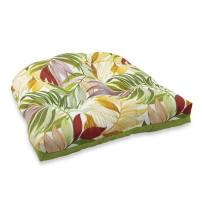 4.5-Inch Thick Tufted Cushion in Leaf/Kiwi