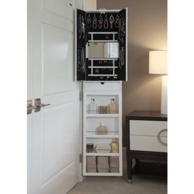 Jewelry Necklace Storage