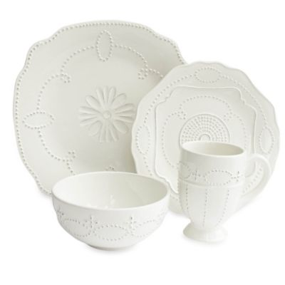 American Atelier Gabrielle Scallop 16-Piece Dinnerware Set in White