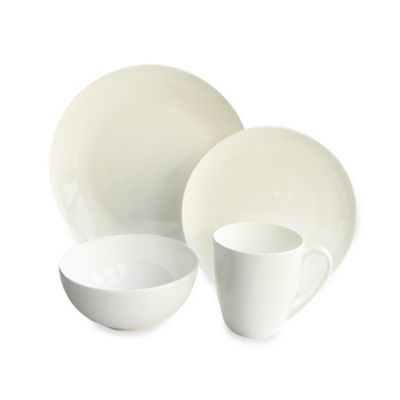 Bone China Classique Coupe 16-Piece Dinnerware Set
