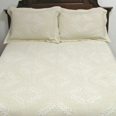 Golden Slumber Twin Quilt