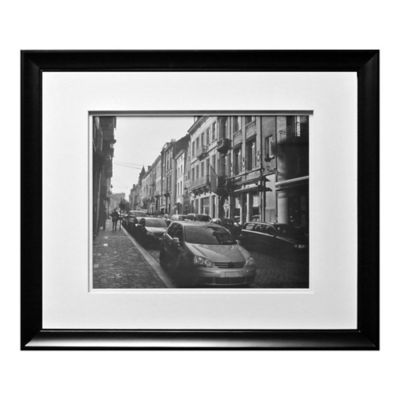Wall Gallery 16-Inch x 20-Inch Picture Frame in Black