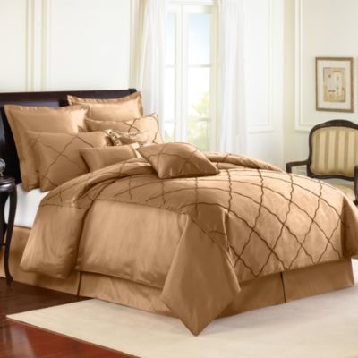 Veratex Diamonte Embroidered 4-Piece Reversible Comforter Set in Gold
