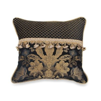 18 Black Square Pillow