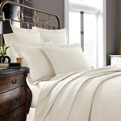 Kassatex Positano Collection Twin Coverlet in Ivory