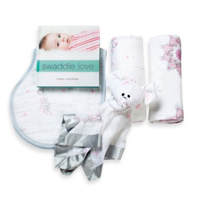 aden + anais® For the Birds Newborn Baby Gift Set