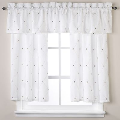 Wellington Window Valance in White