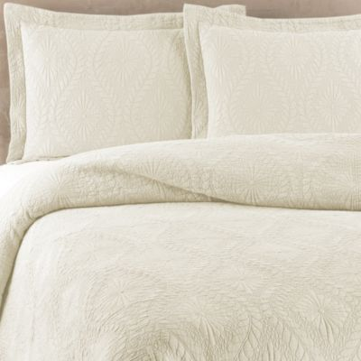 Traditions Linens Suzi Coverlet in Vanilla