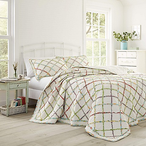 laura ashley ruffle garden quilt bed bath beyond. Black Bedroom Furniture Sets. Home Design Ideas
