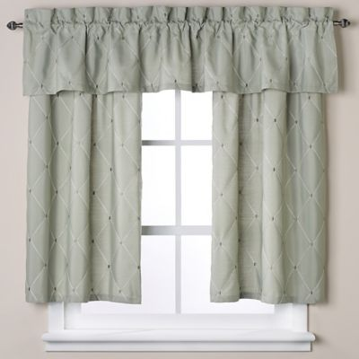 Wellington 45-Inch Window Curtain Tier in Green
