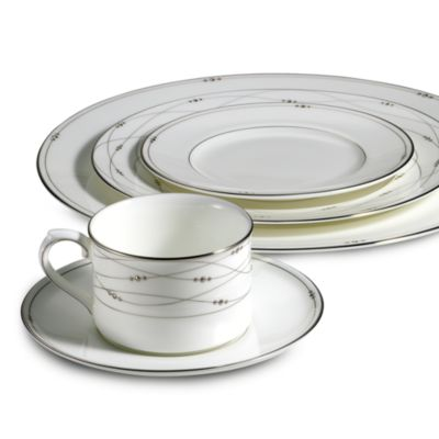 Royal Doulton® Precious Platinum 5-Piece Place Setting