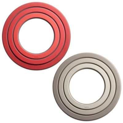 OXO Good Grips® 3-Ring Trivet in Red