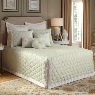 Nostalgia Home® Lexington King Fitted Bedspread in Green