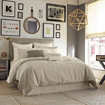Kenneth Cole Reaction Home Mineral Twin Duvet Cover in White