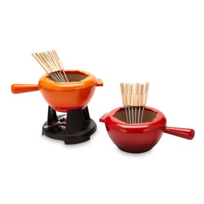 Le Creuset® 2-Quart Cheese Fondue Set in Cherry