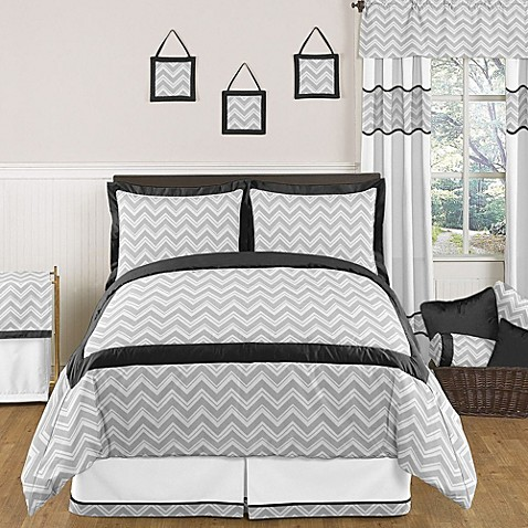 Sweet jojo designs zig zag comforter set in grey black for Zig zag bedroom ideas