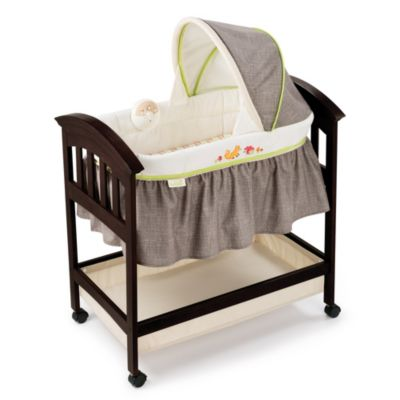 Summer Infant® Classic Comfort Fox & Friends Wood Bassinet