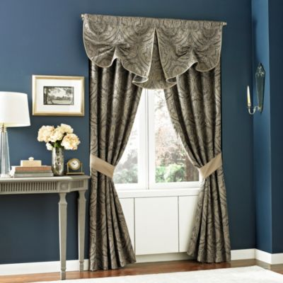 Croscill Hannah Curtsey Window Valance