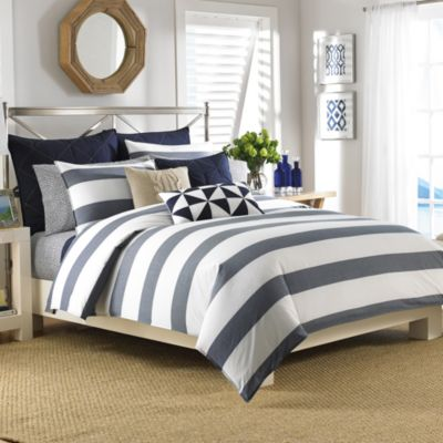 Nautica® Lawndale Reversible Twin Duvet Cover Set in Navy