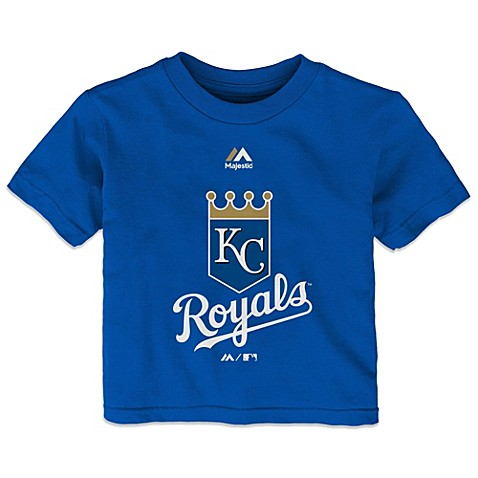 Take your baby out to the ball game with less mess using a Chewbeads MLB Kansas City Royals Silicone Bib. Easy to clean and made from food-grade silicone with a large crumb-catcher pocket, your little slugger can display team spirit while keeping clean.