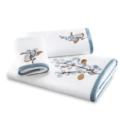 Art in Motion Hanami Fingertip Towel