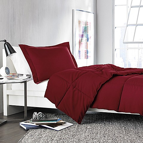 Solid Comforter Set in Burgundy