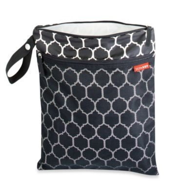 SKIP*HOP® Grab & Go Wet/Dry Bag in Onyx Tile