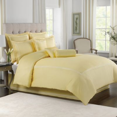 Wamsutta® Baratta Stitch King Comforter Set in Butter