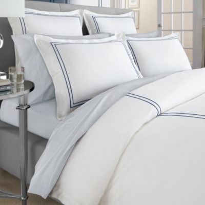 Wamsutta® Baratta Stitch MICRO COTTON® Twin Duvet Cover in Navy