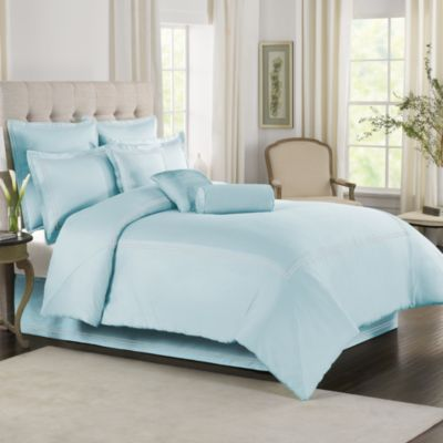 Wamsutta® Baratta Stitch King Comforter Set in Sky