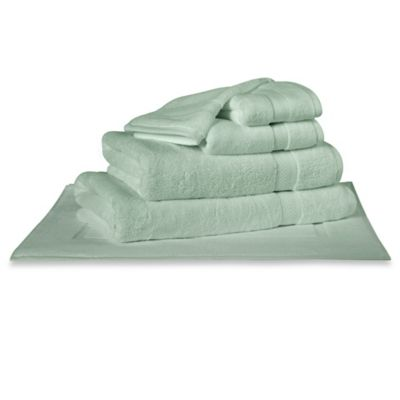 Charisma Classic Bath Mat in Mint