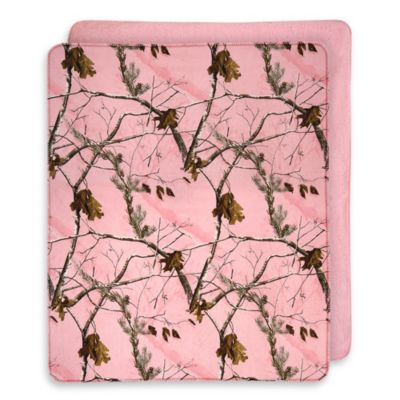 Realtree® AP Pink Reversibile Throw