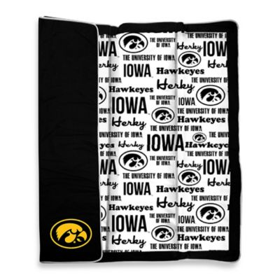 University of Iowa Indoor/Outdoor Throw Blanket