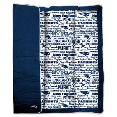 NFL New England Patriots Indoor/Outdoor Throw Blanket