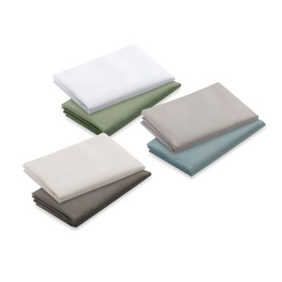 Graco® Pack 'n Play® 2-Count Waterproof Playard Sheet in Sage and White
