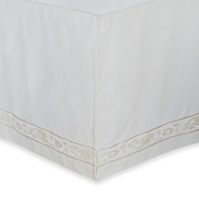 upstairs by Dransfield & Ross Tea Tree Queen Bed Skirt
