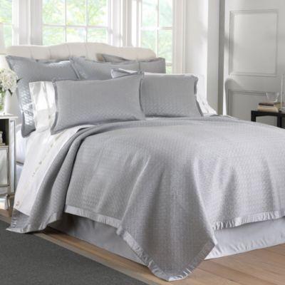 Waterford® Linens Durham King Quilt in Platinum