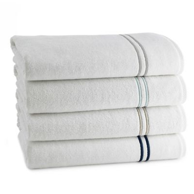 Kassatex Baratta Bath Sheet in White/Silver